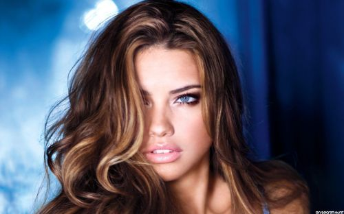 Adriana-Lima-4-Cool-Wallpapers-HD