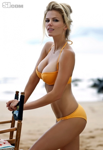 brooklyn-decker-01