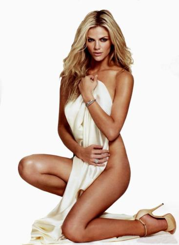brooklyn-decker-esquire